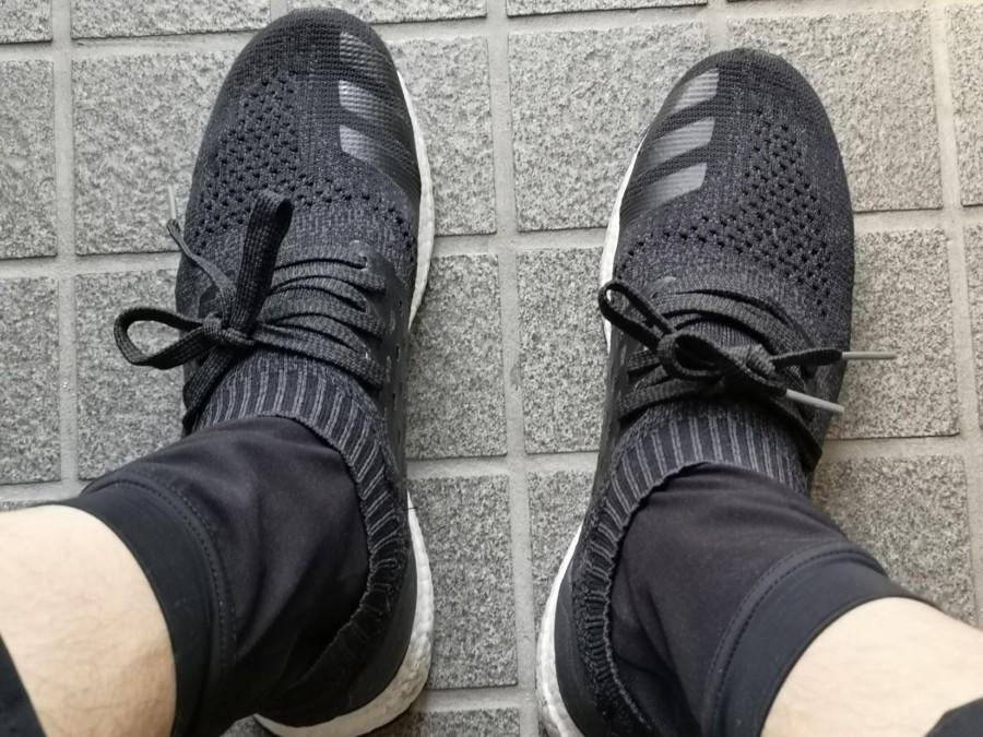 防水ソックスを履いて靴を履いた